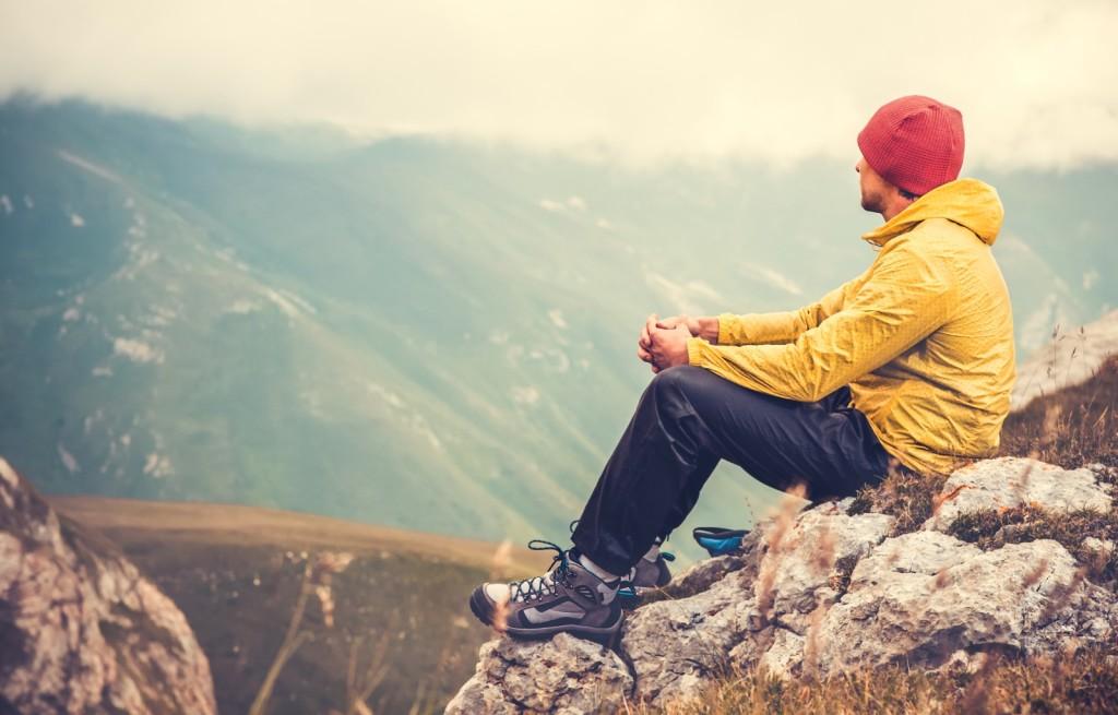 Man in de bergen